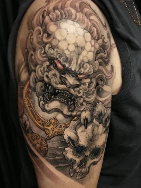 Tatouage d'un lion japonais