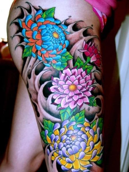 Tatouages de fleurs au Japon