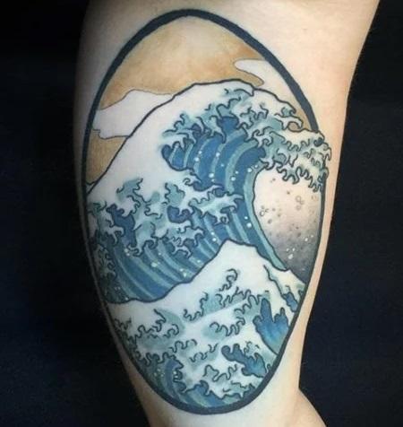Tatoo d'une vague japonaise